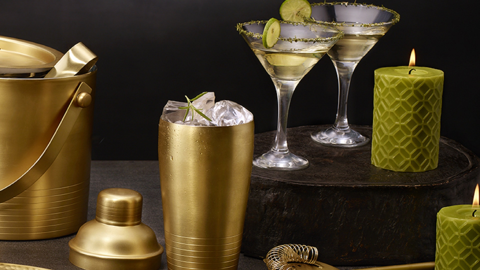 Prepare your cocktails with the best bartender kit